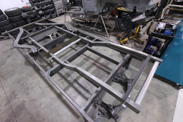 hemi studebaker chassis part  duncan automotive