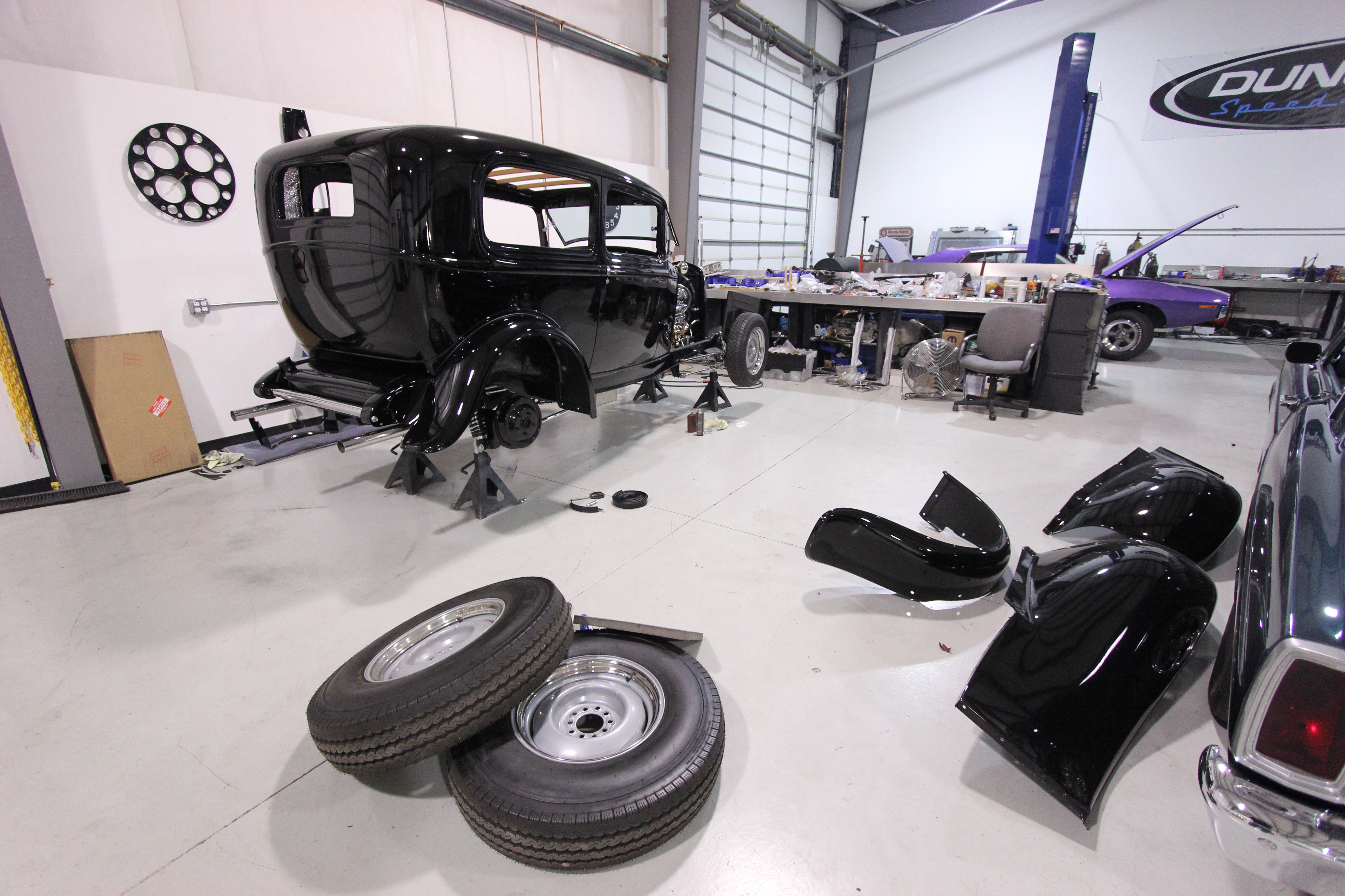 It S Assembly Time 32 Ford Sedan Duncan Automotive
